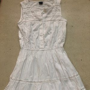 GapKids Girl's Sleeveless White Dress with Lace